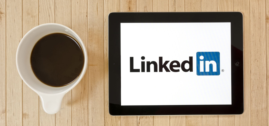 How-to-Set-Up-and-Optimize-Your-Recruiting-Agencys-LinkedIn-Page-in-5-Minutes